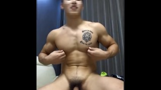 Super handsome hunk jerk&show butt&amazing cum