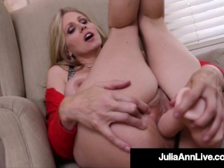 Muff Fucking Milf Julia Ann Bangs Her Wet Mature Mommy Hole!