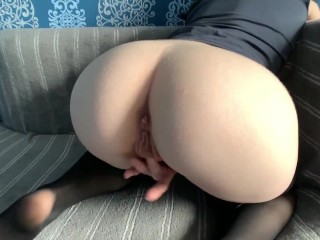 Girl Having Fun With Her Pussy at Home