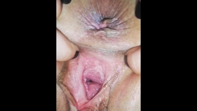 Teen wide dripping pussy gape play 1