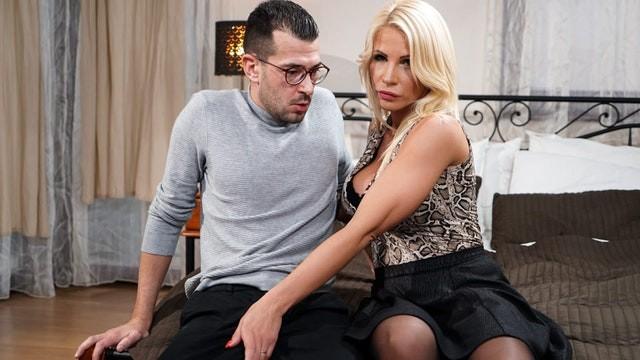 Tgp lustygrandmas com Lustygrandmas my lonely hot step-mom wants my big cock so bad