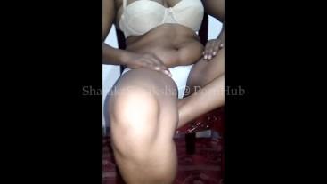 Sri Lanka fingering pissing හස්බන්ඩ්ගෙ යාලුවත් එක්ක ඇගිල්ල ගගහා චූ දාන ශානි
