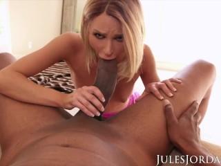 Jules Jordan – Will Dredd's Giant Cock Fit In Emma Hix?