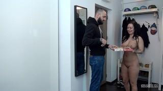 O româncă fututa la magazin cu casete porno Film Porno Nou Romanesc Baiatul Cu Pizza Pornhub Com