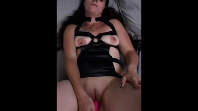 Babe masturbating 3