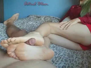 Girl jerks cock between sole and arches with...