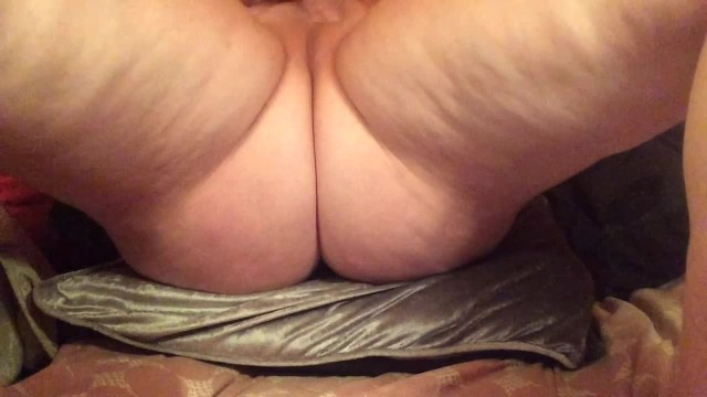 Got milf playing with pussy till cumming 31
