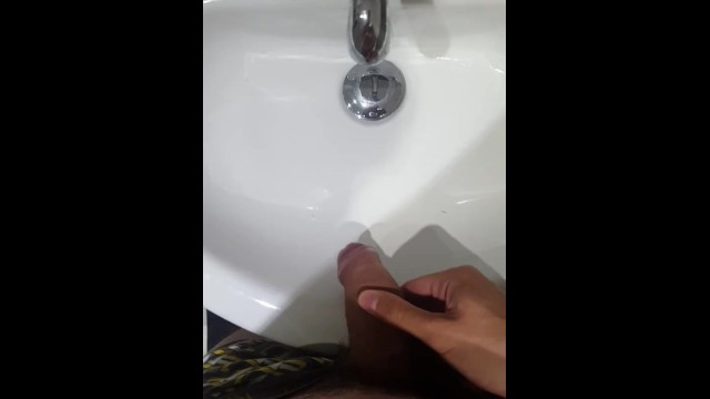 Pee burns after sex in males Late night sink piss long piss after sex