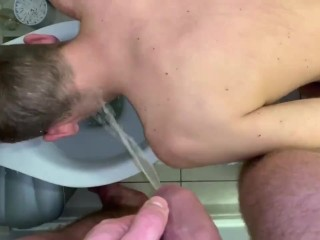 Zac johnson pissed on by a polish dom...