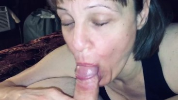 Mature Milf loves sucking and swallowing every last drop