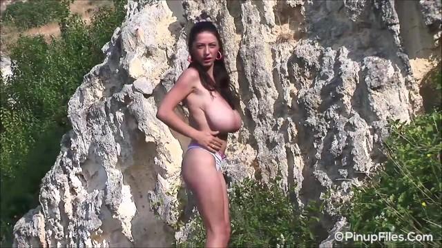 Merlyn sakova shaking her tits Gourgeous busty model anya zenkova takes her top off at the beach