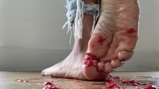 Babe;Fisting;MILF;Feet;Exclusive;Verified Amateurs;Old/Young;Solo Female mom, mother, feet, foot-porn, strawberries, squash, stomp, fruit, toes, foot, foot-fetish, food-fetish, squish, toe, pretty-feet, sexy-feet
