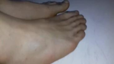 when man feet look like woman feet