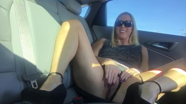 Aftermarket swinging jeep seats Blond milf back seat masturbation