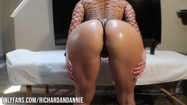 Sex lingerie men Best boobs in the game massages 300lb richard sutherland