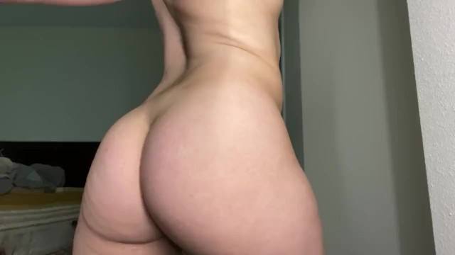 pawg uses vibrator in doggy position 36