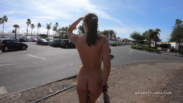 Cynthiara alona naked He left me alone naked in public