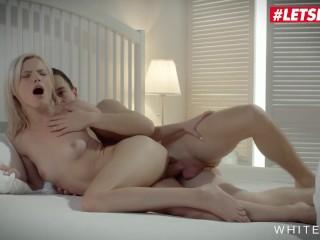 White Boxxx – Hot Teens Apolonia Lapiedra And Zazie Skymm Share Their Lover