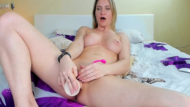 cute play with pussy 37