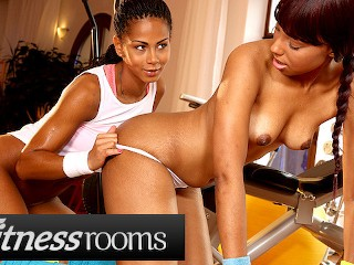 Fitness Rooms Big booty ebony lesbians Sade Rose Isabella Chrystin in gym