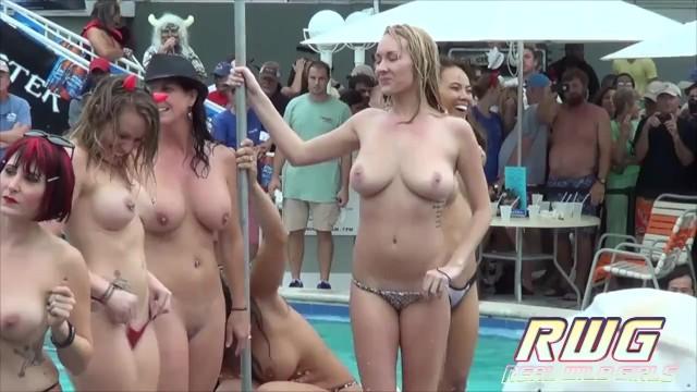 Girl gone wild porno molbe Pool party pussy fingering twerk booty shake sluts