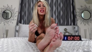 Cum For Feet In Five - Nikki Ashton