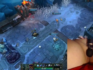Playing with my vibrator on the highest setting makes me moan intensively! League of Legends #9 Luna