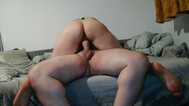 Am o fată cu penis