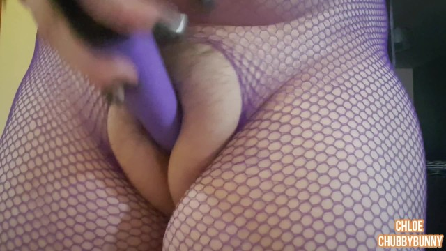 Crotchless movie fuck Bbw huge puffy pussy play in crotchless fishnets
