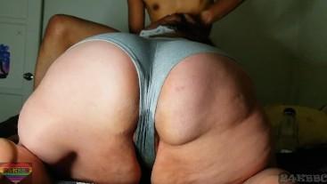Making my bbw neighbor soak her panties