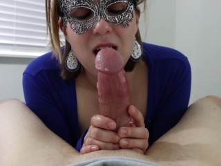 Pov stepsis gives brother blowjob while parents arent...