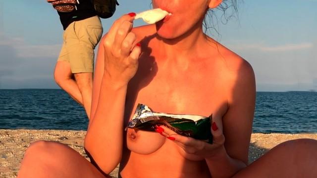 Chilp nude Public nude on the beach my fun on a nudist beach