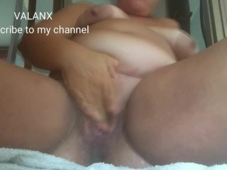 With huge boobs squirting non stop while masturbating...