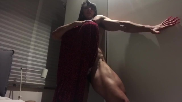 40 plus milf tgp Rough muscle woman with huge dildo strapon 40 cm