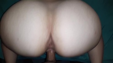 Hot wife serves hubby a phat white ass with creamy pussy to the side
