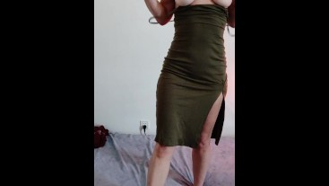 Strip tease and pussy rubbing for all my VIRGIN friends in here, get your dick hard for me