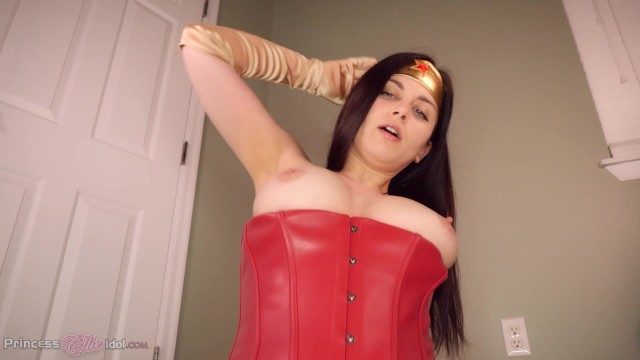 Bikini plus size woman Wonder woman takes a ride on your batmobile superheroine pov virtual sex