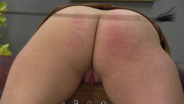 Chelsy's ass whipping by crop 0707