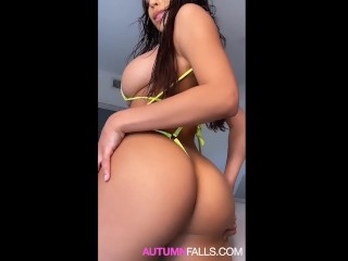19 y.o Autumn Falls Squirts and begs for you cum