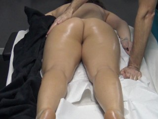 Housewife coming without panties her husband is a...