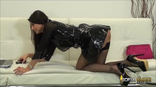 Sofia Cucci in un spettacolo dal vivo molto caldo 3