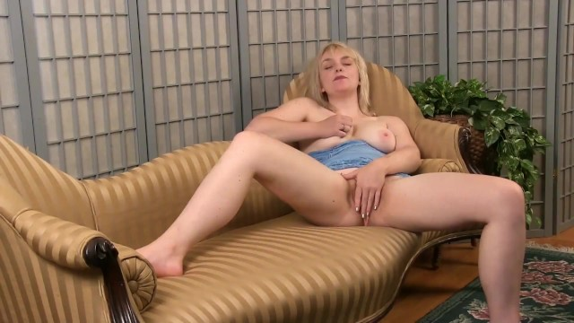 Hairy female mature masturbation Solo teddy snowflower massages herself and rubs her pussy for a nice relaxing orgasm