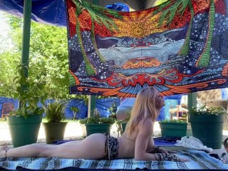Serene yoga leads to explosive squirt orgasm full...