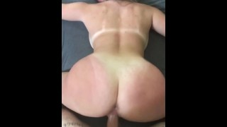 Super hot perfect body multiple orgasm fuck roomate