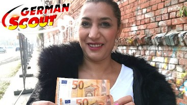 GERMAN SCOUT - REIFE KURVIGE MILF DANKA MITGENOMMEN IN BERLIN UND VOR DER KAMERA GEFICKT
