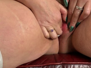 British Mature Fingers herself and Stuffs her thong into her wet pussy. Would you like to sniff it?