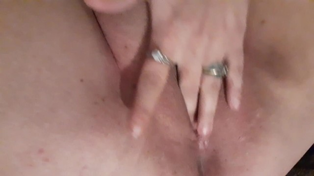 Amateur;Babe;Masturbation;Webcam;Exclusive;Verified Amateurs;Solo Female wet-pussy, clit-rubbing-orgasm, fingering, tight-pussy, thick-thighs-ass