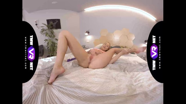 TmwVRnet - Angelika Grace - Magic wand for blondes entertainment 13