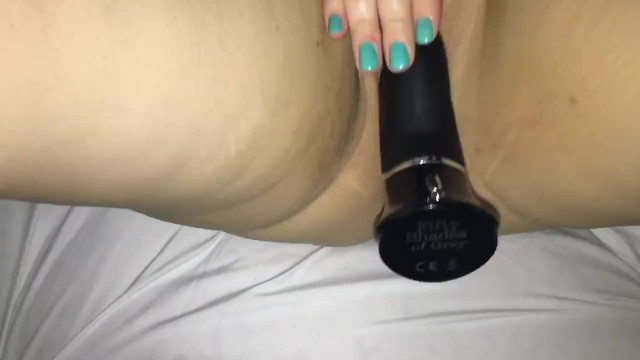 Girl films herself playing with toy until orgasm 12