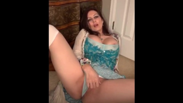MILF Plays with her Pussy 9